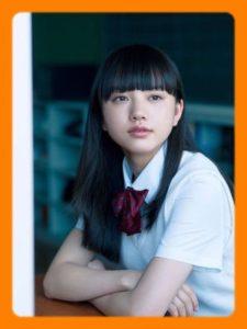 2017年に公開された映画『3月のライオン』での演技で一躍注目を集めた清原果耶さんは、昨年も数々の話題作に出演を重ね、今年2019年も引続き若手実力派女優の
